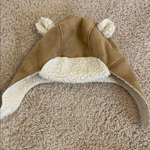 Adorable Baby Gap Trapper hat 0-6 M